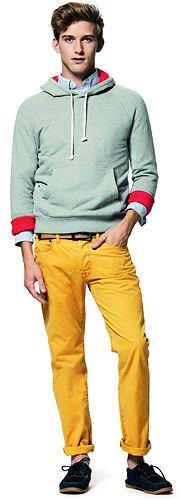 Modne kolorowe spodnie, spodnie, moda męska, Spodnie z kolekcji GAP, bawełna. Cena: 249 zł