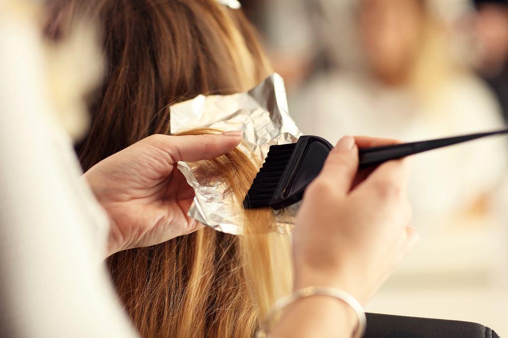 Te fryzury są już niemodne i w dodatku postarzają. Unikaj ich, bo dodasz sobie nawet 10 lat!
