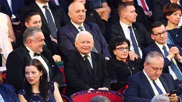 Gala Człowiek Roku Gazety Polskiej 2019. Nz. Tomasz Sakiewicz, Jarosław Kaczyński, Elżbieta Witek, Mateusz Morawiecki, Joachim Brudziński, Marlena Malag.