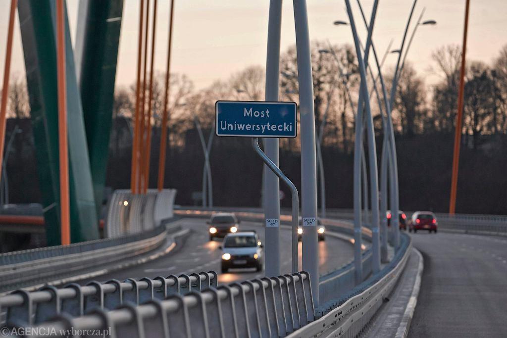 Bydgoszcz. Zamknięto wybudowany siedem lat temu most. 'Zagraża bezpieczeństwu'