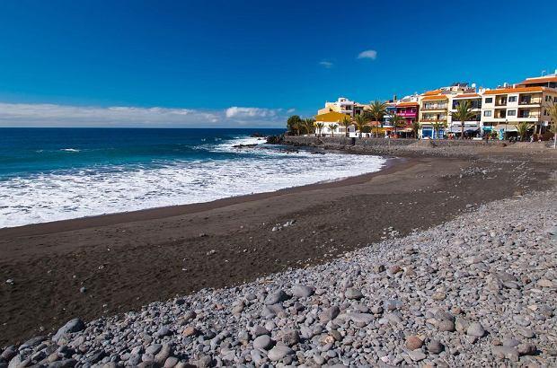 Wyspy Kanaryjskie - La Gomera. Playa de La Calera / shutterstock