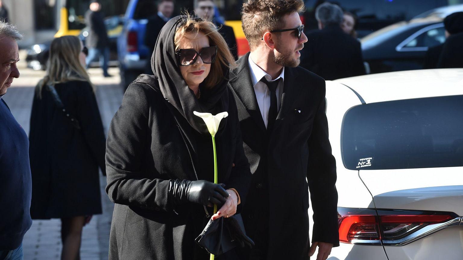 Pogrzeb Pawła Królikowskiego. Aktora żegnają prezydent Duda i rodzina