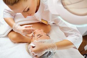 Powiększanie ust tylko przez lekarzy.  Resort zdrowia nie chce, aby zabiegi upiększające wykonywali kosmetolodzy