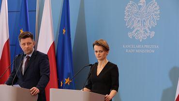 Koronawirus w Polsce. Jadwiga Emilewicz ogłasza plan pomocowy dla firm. Będzie specustawa