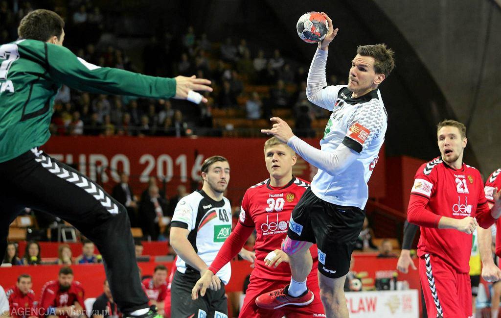Mistrzostwa Europy piłkarzy ręcznych. Niemcy - Rosja 30:29.