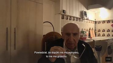 Ks. Franciszek Cybula, kadr z filmu 'Tylko nie mów nikomu'