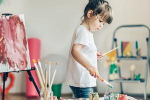 Pani wiosna - praca plastyczna, która rozwinie dziecięcą kreatywność