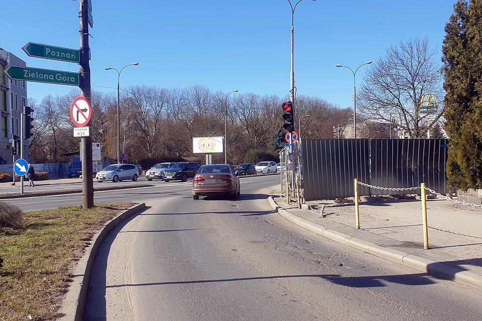Zdjęcie numer 2 w galerii - Zaczęły się utrudnienia w centrum Gorzowa. Pierwsze prace na skrzyżowaniu ulic Chrobrego, Wybickiego i Jagiełły