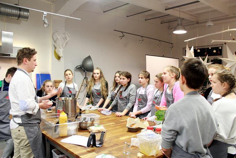 Dzieci gotują dla dzieci
