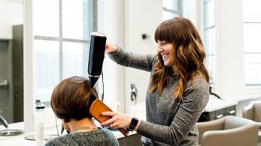 Kiedy otworzą salony fryzjerskie?