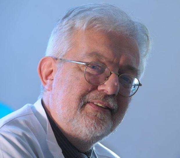 Prof. dr hab. n. med. Andrzej Kawecki, Zastępca Dyrektora ds. Klinicznych w Centrum Onkologii - Instytucie im. Marii Skłodowskiej-Curie w Warszawie