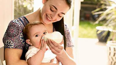 Większość niemowląt bez problemu akceptuje nową mieszankę.