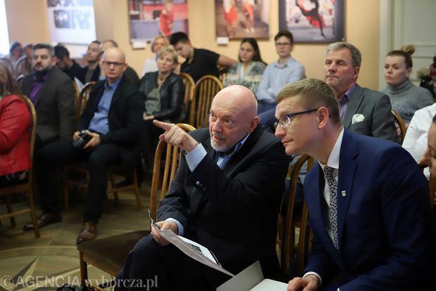 Częstochowa, ratusz, 14 grudnia 2017 r. Prezentacja projektu nowego herbu miasta