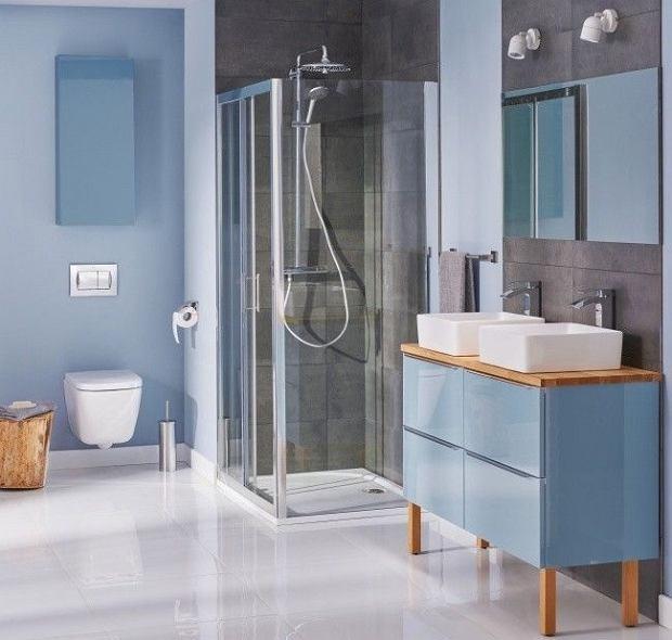Minimalistyczne lustro łazienkowe