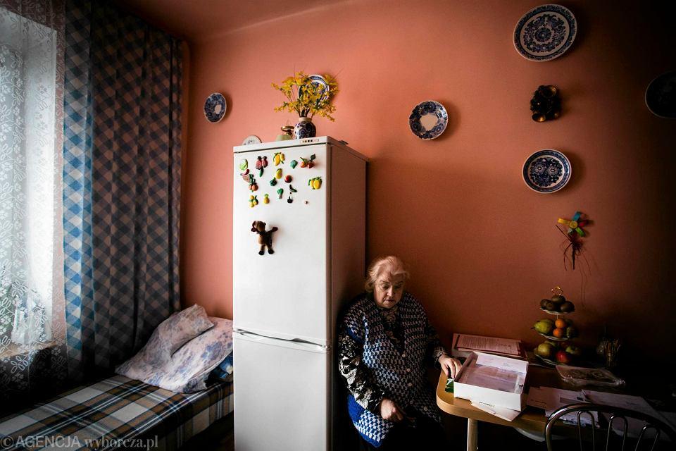 Zdjęcie numer 1 w galerii - Mieszkańcy kamienicy przy Karolkowej mówią, że żyją jak w XIX wieku