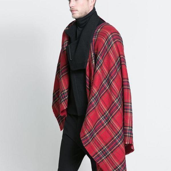 Ponczo z kolekcji Zara. Cena: 169 zł