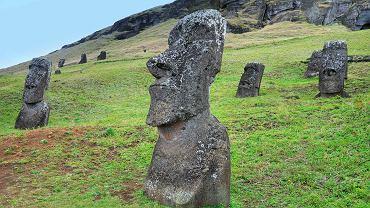 Wyspa Wielkanocna - Posągi Moai