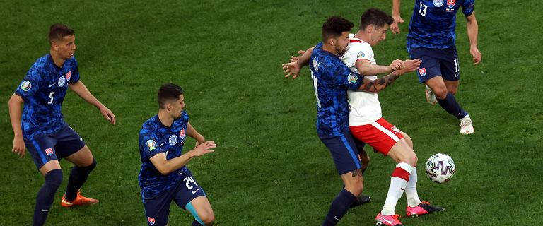 """Hiszpanie piszą o """"operacji Lewandowski"""". Torres: Oni go pożrą"""