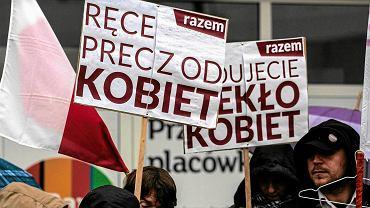 Manifestacja przeciw zakazowi aborcji. Warszawa, 9.04.2016