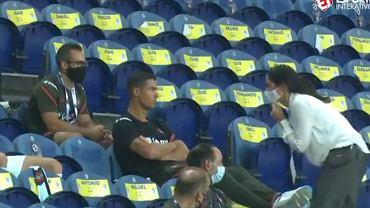 Cristiano Ronaldo został upomniany przez panią z UEFA przez brak maski na twarzy podczas meczu Portugalia - Chorwacja w LN