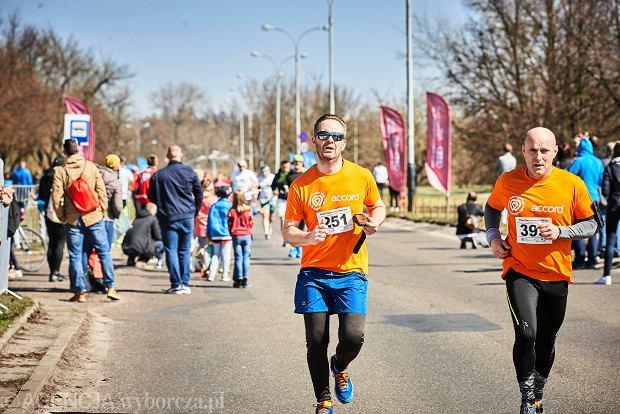 Zdjęcie numer 14 w galerii - Otwarcie sezonu biegowego w Łodzi.