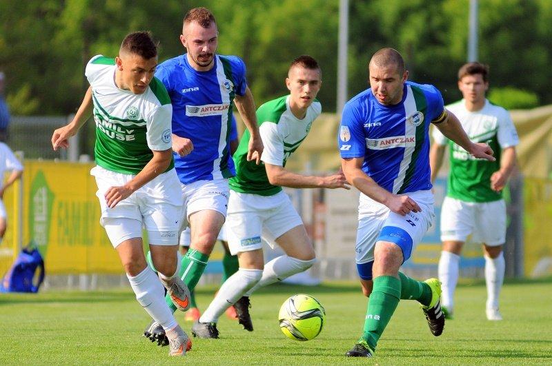 Warta Poznań - KKS Kalisz 0:0. Krzysztof Biegański i Iwelin Kostow