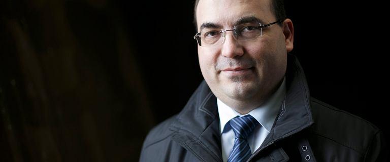 Ex-poseł PiS Andrzej Jaworski chce powrotu krzyża do godła Polski