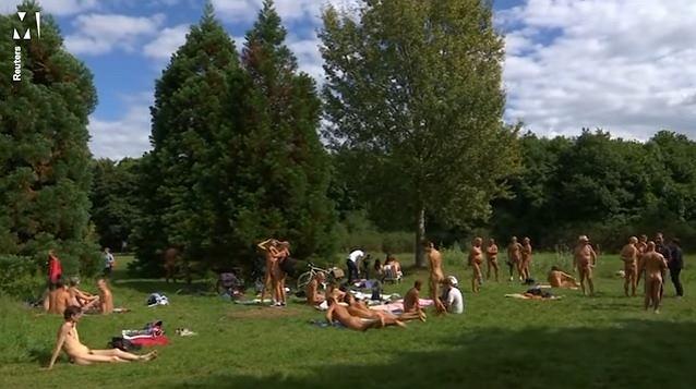 Nudyści mają swój pierwszy park w Paryżu