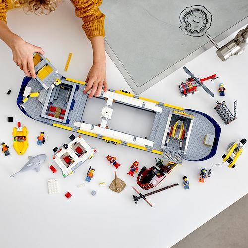 Lego city statek