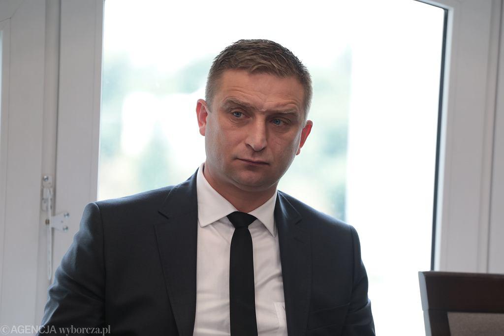 Prezes Stowarzyszenia 'Marsz Niepodległości' Robert Bąkiewicz