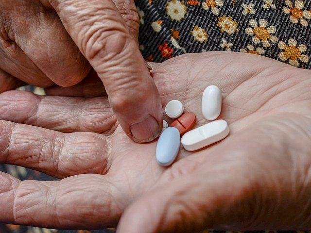 Z wielolekowością mamy do czynienia wtedy, kiedy chory przyjmuje przynajmniej 5 różnych preparatów