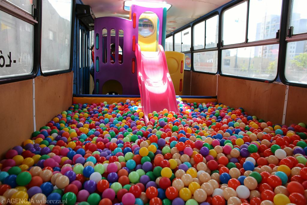Sale zabaw powinny być przystosowane dla dzieci z niepełnosprawnością