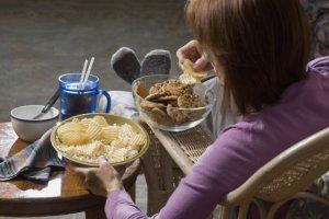 Kompulsywne objadanie się - skąd się bierze i jak sobie pomóc?