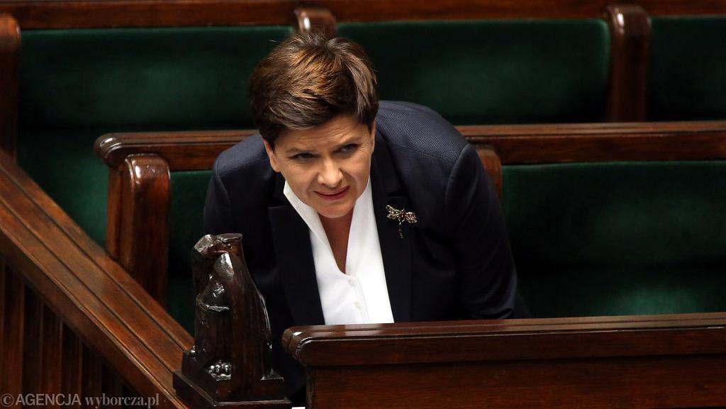 23.09.2016 Warszawa, Sejm. Premier Beata Szydło podczas głosowań nad zmianą ustawy aborcyjnej