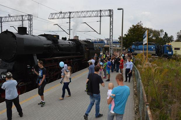 Zdjęcie numer 8 w galerii - Zabytkowy pociąg przyjechał do Żywca piękną trasą [ZDJĘCIA]
