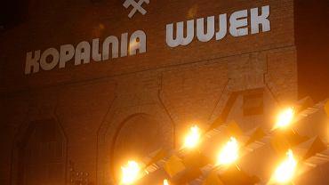 Do Sądu Okręgowego w Katowicach został skierowany akt oskarżenia przeciwko Romanowi S., byłemu zomowcowi, który miał strzelać do górników kopalni 'Wujek'
