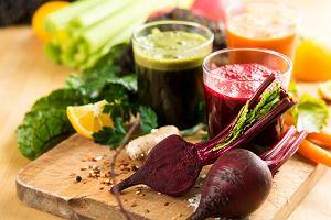 Dieta oczyszczająca - na czym polega, komu jest zalecana i jakie są jej założenia