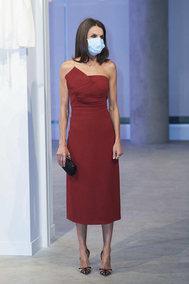 Królowa Letizia w czerwonej sukience