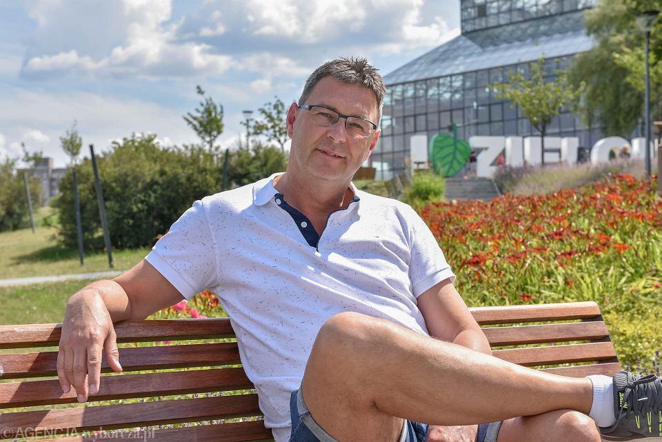 Mariusz Grabowy, właściciel biura podróży Mega Tours