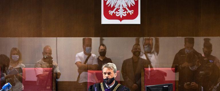 """Pastor skazany. Nazwał Kościół """"prostytutką"""", a Andrzeja Dudę """"baranem"""""""