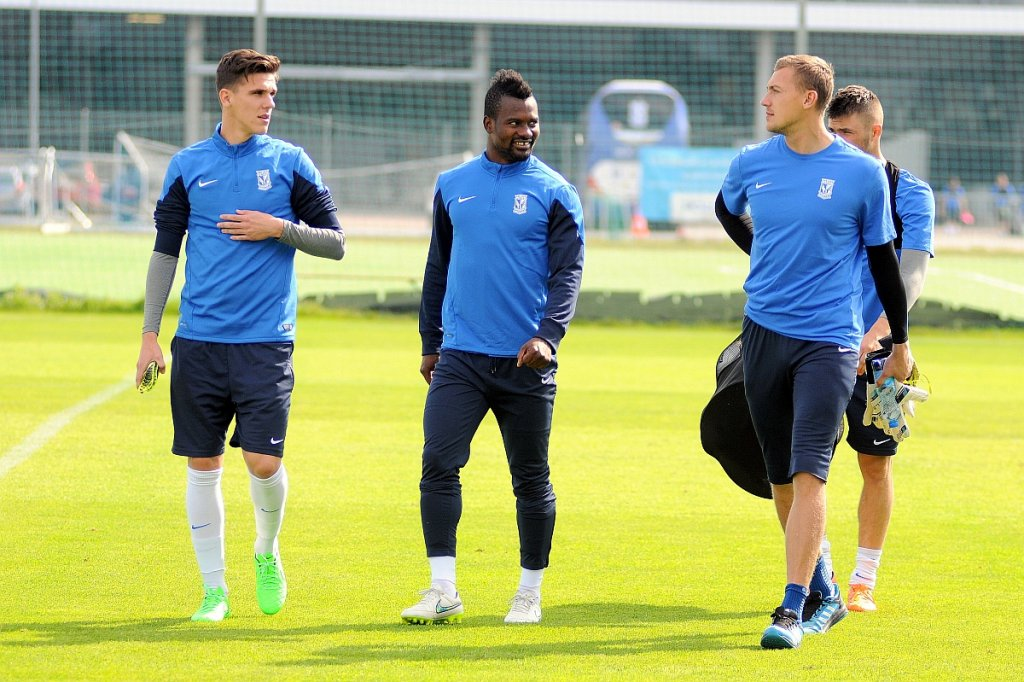 Lech Poznań trenuje przed meczem z Belenenses Lizbona w Lidze Europejskiej. Abdul Tetteh, David Holman, Maciej Gostomski