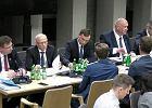 Ziobro na komisji musiał wysłuchać krytyki Budki. Chwilę później wiceminister wygłosił listę jego osiągnięć