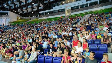 Pełne trybuny na pierwszej sportowej imprezie w nowej hali (mecz Pogoń Baltica - Team Esbjerg)