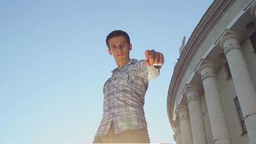 Kadr z nowego spotu PiS