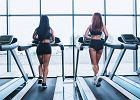 Dwa tygodnie z treningiem 12-3-30. Ćwiczenia na bieżni świetnie wpłynęły na kondycję, nogi oraz... pośladki