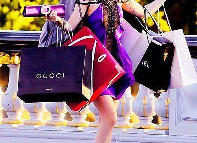 Szaleństwo zakupów na black friday obejmuje nie tylko sklepy stacjonarne, ale i internetowe