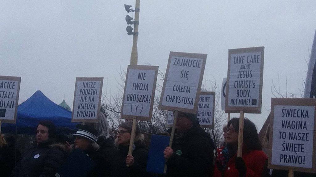 Protest na pl. Solidarności w Szczecinie