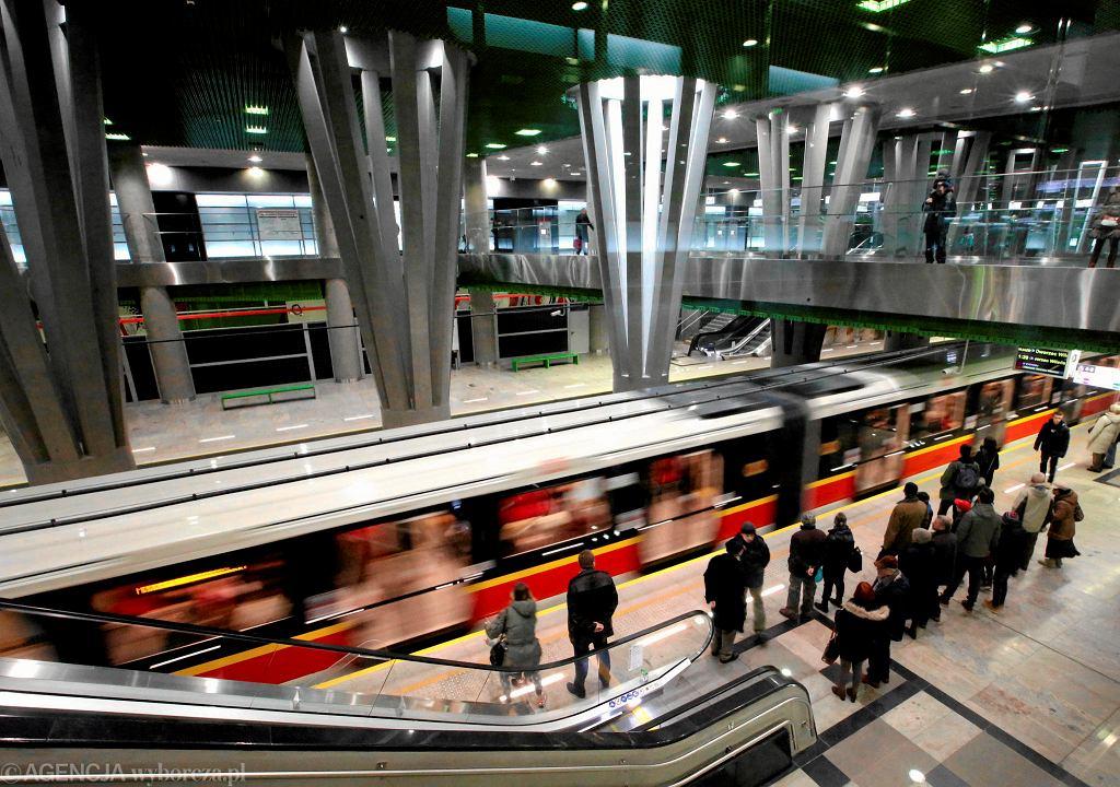 II linia metra. Radni ustalili nazwy pięciu nowych stacji metra w Warszawie