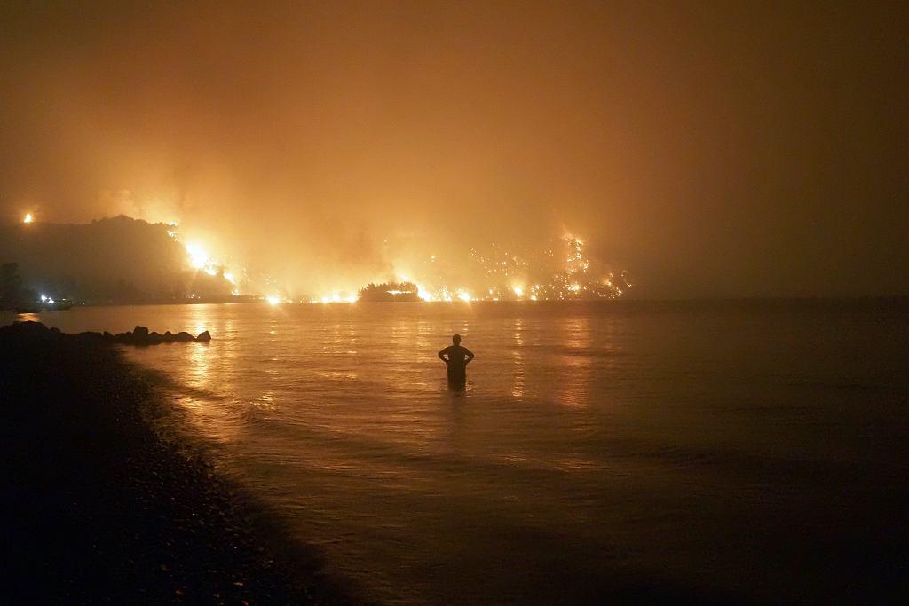 Powodzie, susze i fale upałów to już obserwowane skutki zmian klimatu - podaje nowy raport IPCC