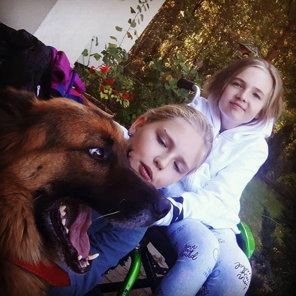 Hania, Maja i pies Buziak